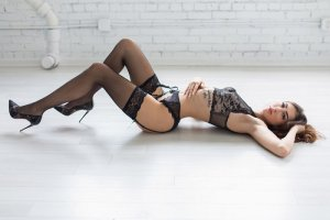 Chahines independent escorts in Aventura, FL